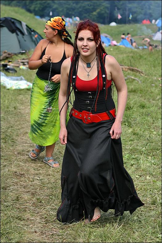 """Женщина в стиле  """"Вамп """" или как оно там называется?"""